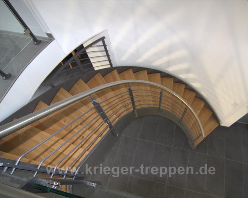 Escaliers en acier & bois